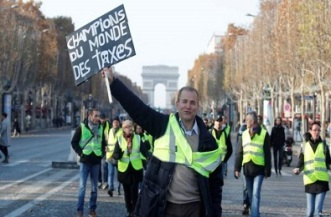 FRENCH YELLOW VESTS 2